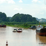 Halfway from Hanoi to Ha Long Bay